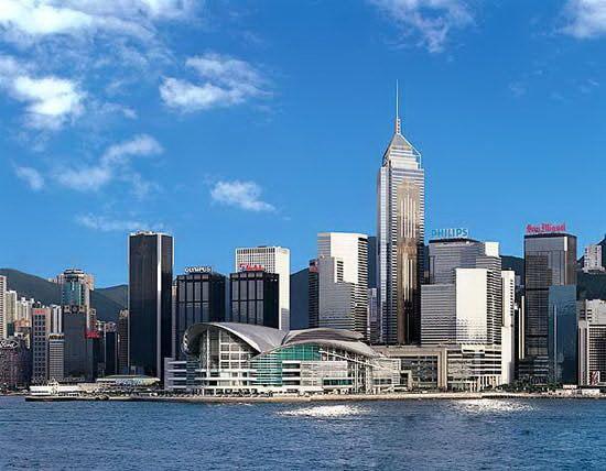 香港返還12周年 2度の金融危機後の再出発