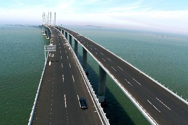 青島膠州湾大橋がまもなく開通_...